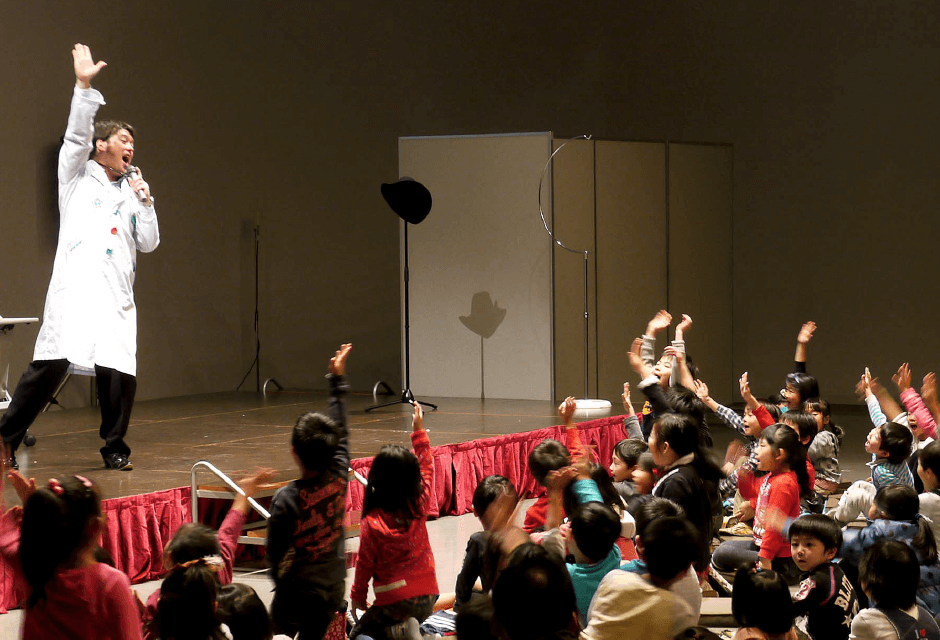 タレント派遣・芸人・芸能人派遣はジョイントプランニングへ|サイエンスショー