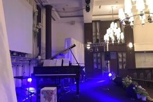 ピアノのコンサートの音響業務